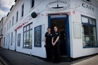 Harbour Lights Café & Restaurant