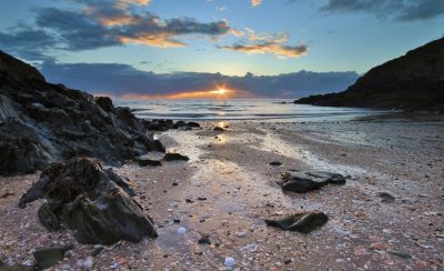 Sunset on Fenella Beach by Elaine Lawson