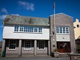 Peel Town Hall, Derby Road